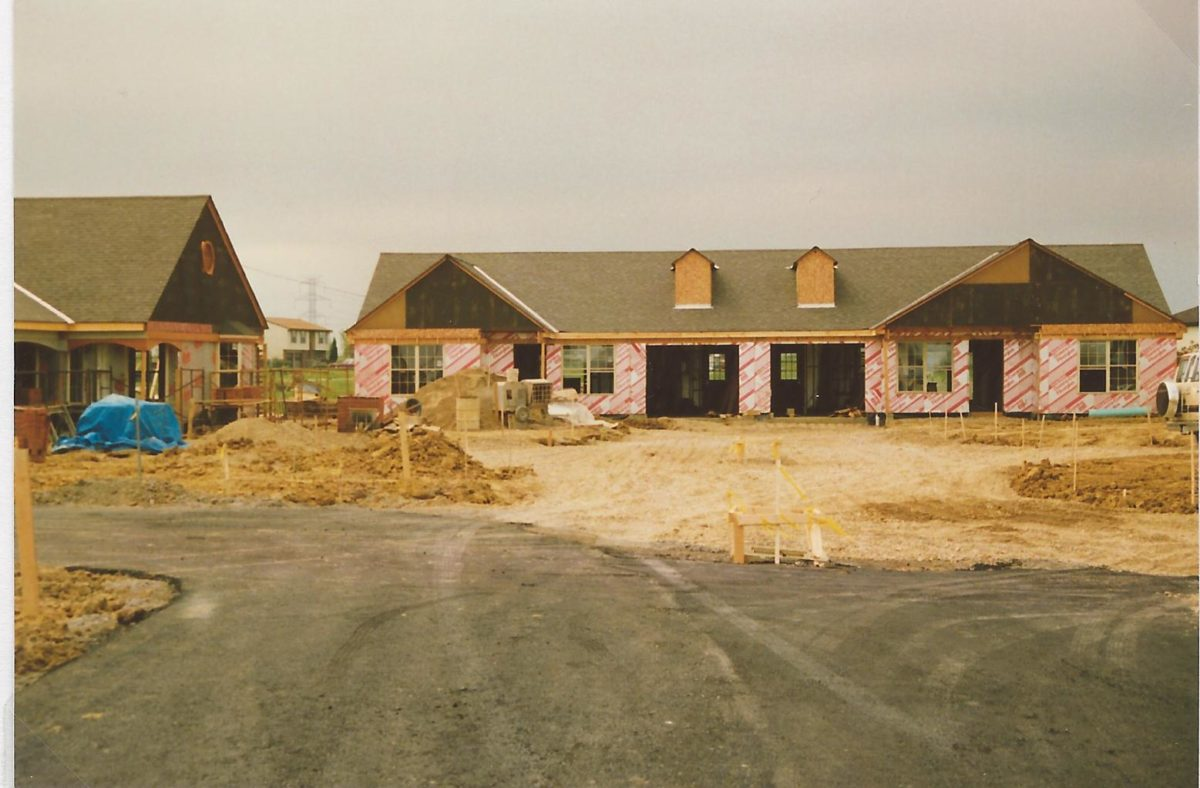 First cottages being constructed