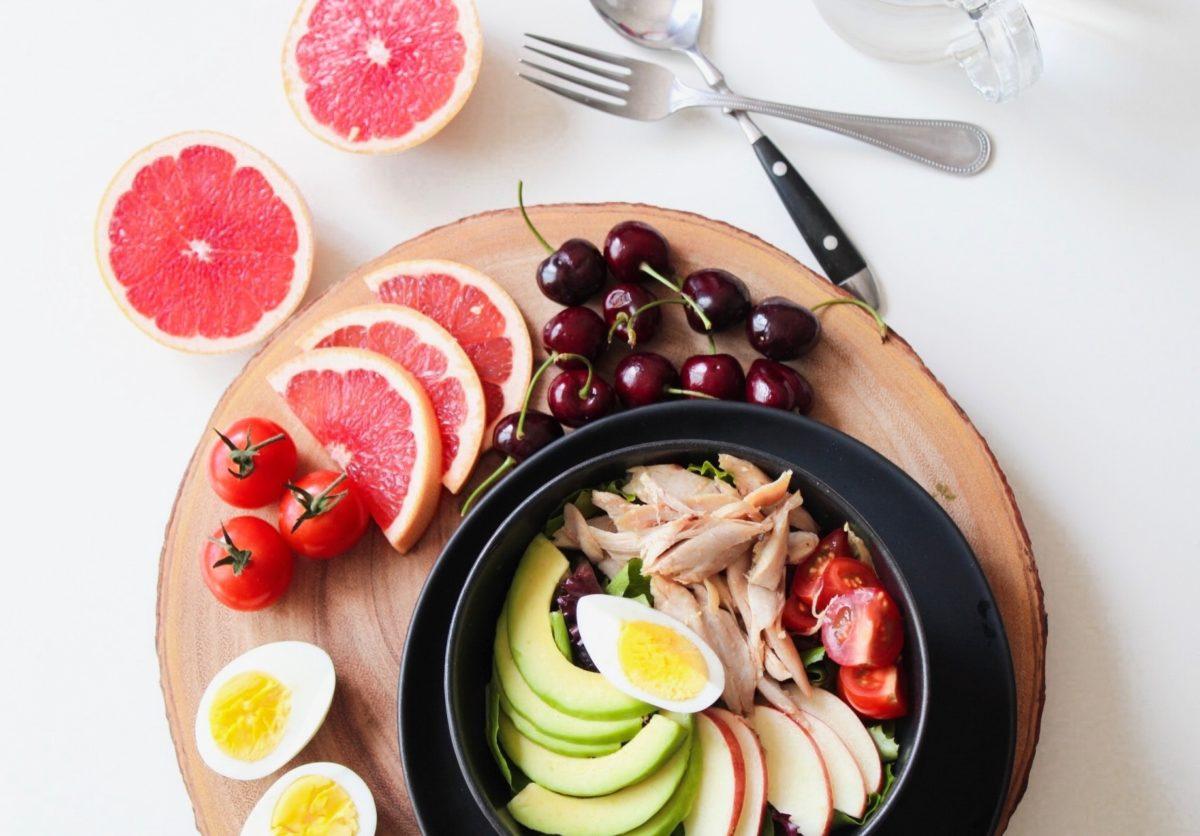 How senior citizens can improve their nutrition for overcomig 5 common myths